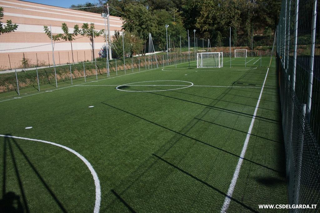 foto nuovo campo esterno per il calcio a 5 centro